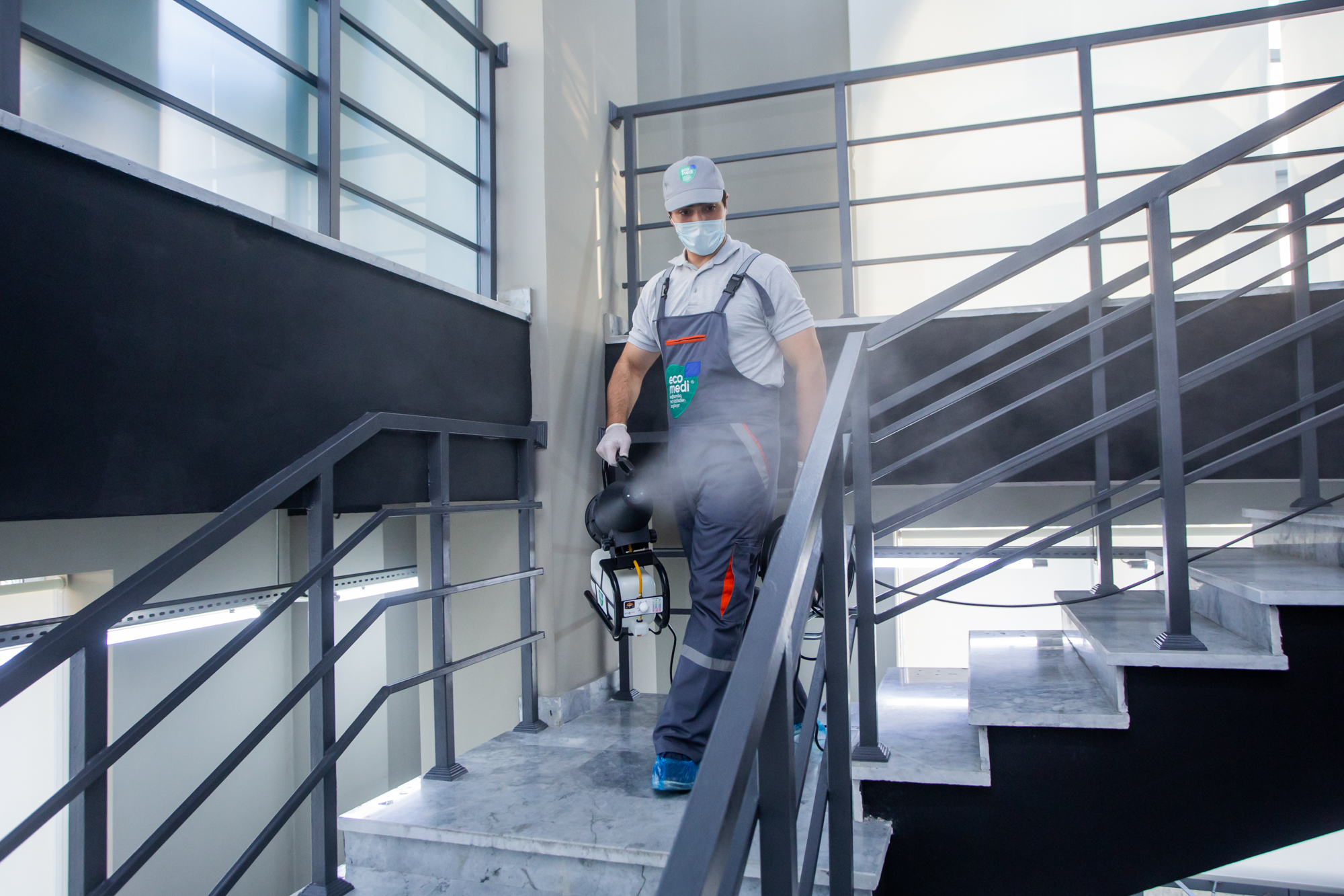 Gm Constraction - Sağlamlıq təmizlikdən başlayır - EcoMedi MMC dezinfeksiya, dezinseksiya, deratizasiya, fumiqasiya işlərinin həyata keçirilməsi üzrə qabaqcıl şirkətdir.